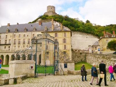 Le Chateau du la roche Guyon